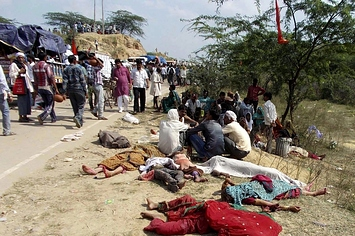 109 People Dead After Stampede Near India Temple