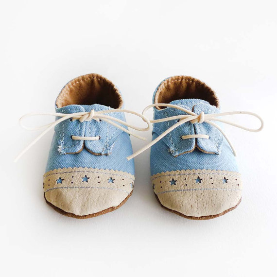 21 Pairs Of Baby Shoes That Will Make Your Ovaries Explode