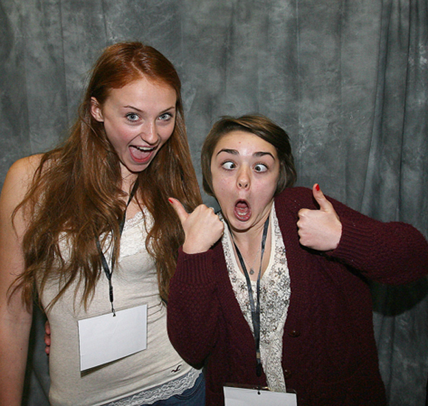 Sansa And Arya Stark From Quot Game Of Thrones Quot Are Actually Bffs