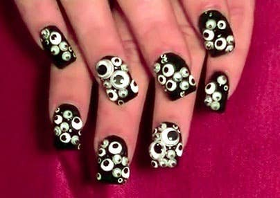 25 clever nail ideas for halloween 6 googly eyes the lazy route prinsesfo Images