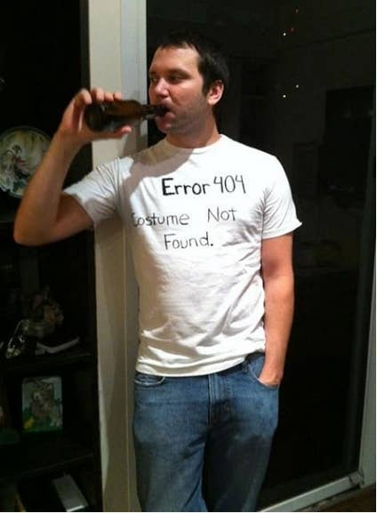 31 insanely clever last minute halloween costumes 1 take a sharpie to a plain white tee and you get a 404 error solutioingenieria Gallery