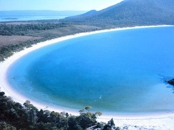Wineless Bay is a magnificently untouch beach located in Tasmania, which is fast becoming a popular destination for honeymooners.