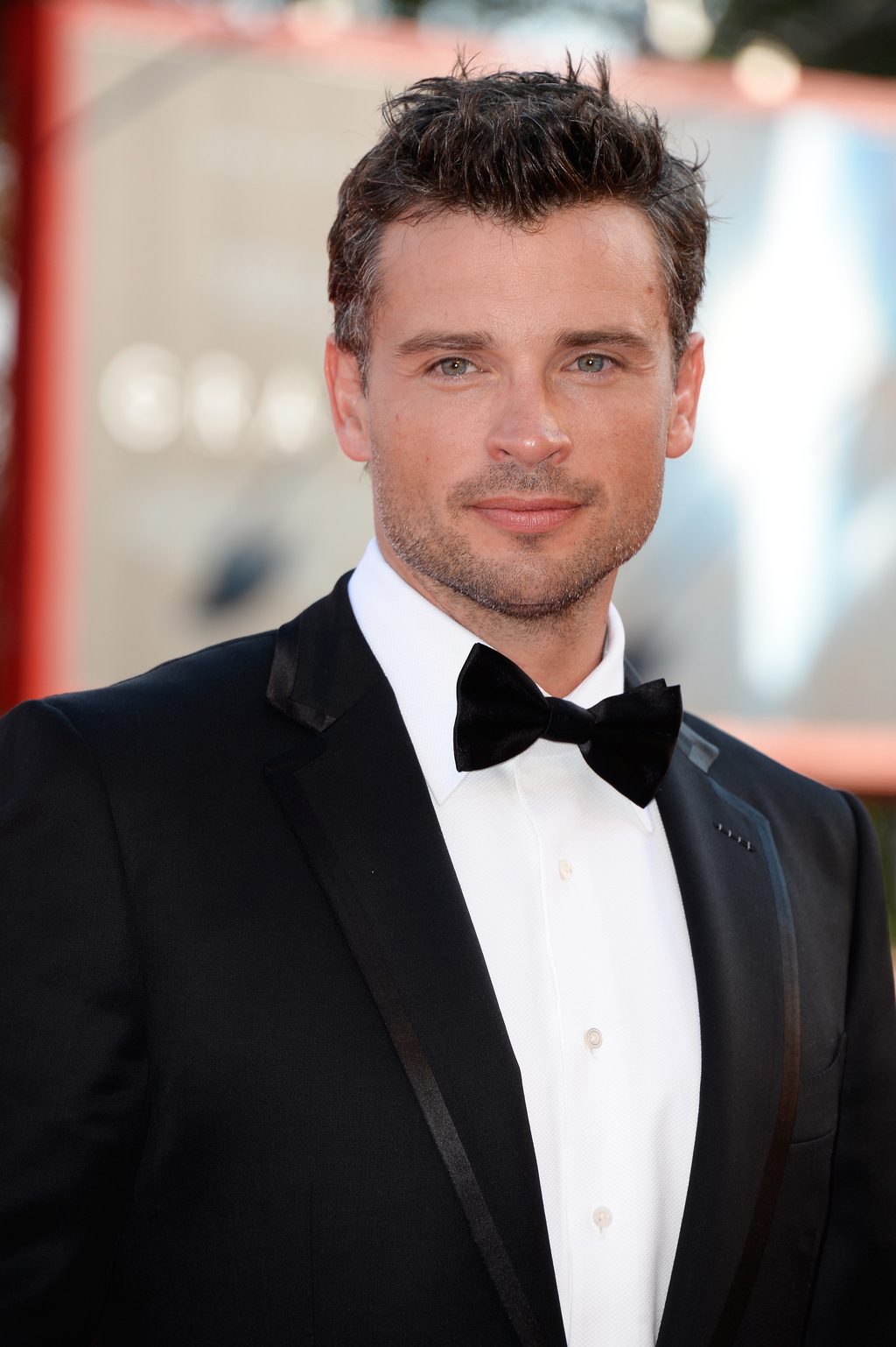 welling single parents Tom welling, who starred as clark kent on tv series smallville,  who don't  like it but i will tell you that no one has ever actually asked me to.