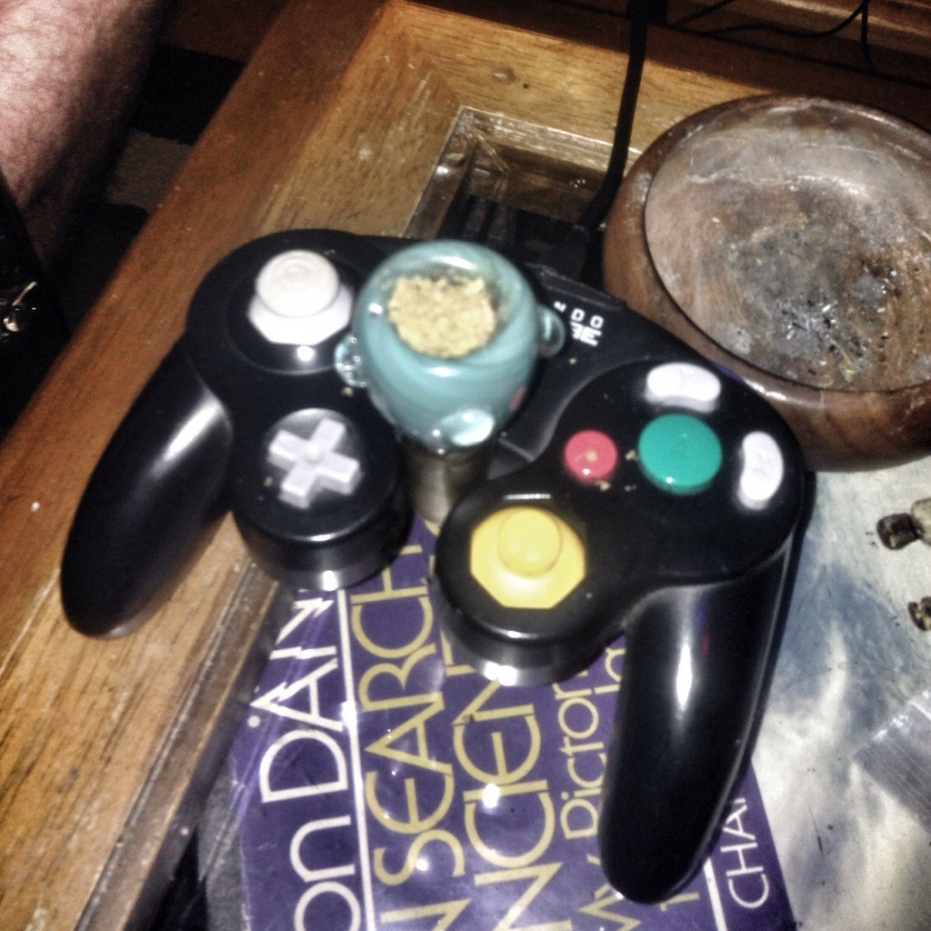 20 Weed Hacks To Optimize Your Stoner Experience