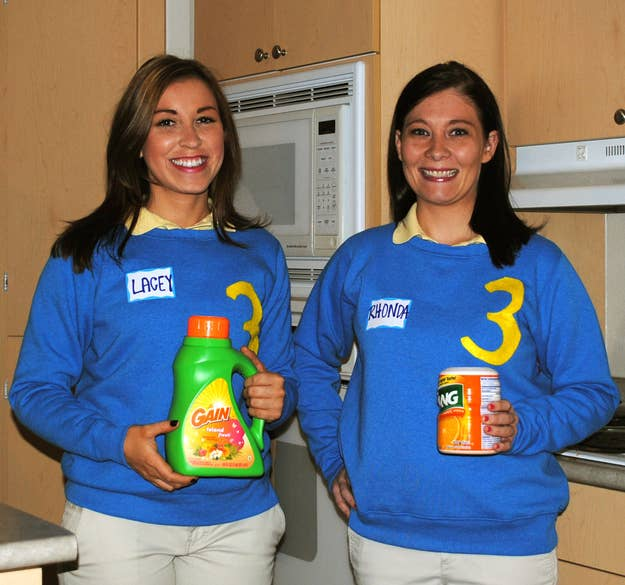 31 insanely clever last minute halloween costumes household products and numbered sweaters make an easy supermarket sweep costume solutioingenieria Choice Image