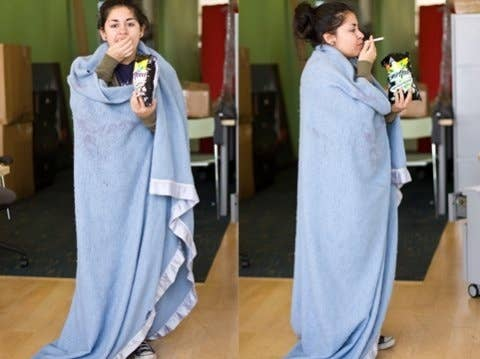 31 insanely clever last minute halloween costumes 17 let everyone know youd rather be at home with a night in costume solutioingenieria Images