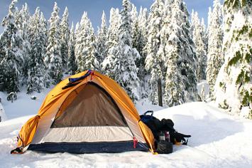 & 23 Essential Winter Camping Hacks