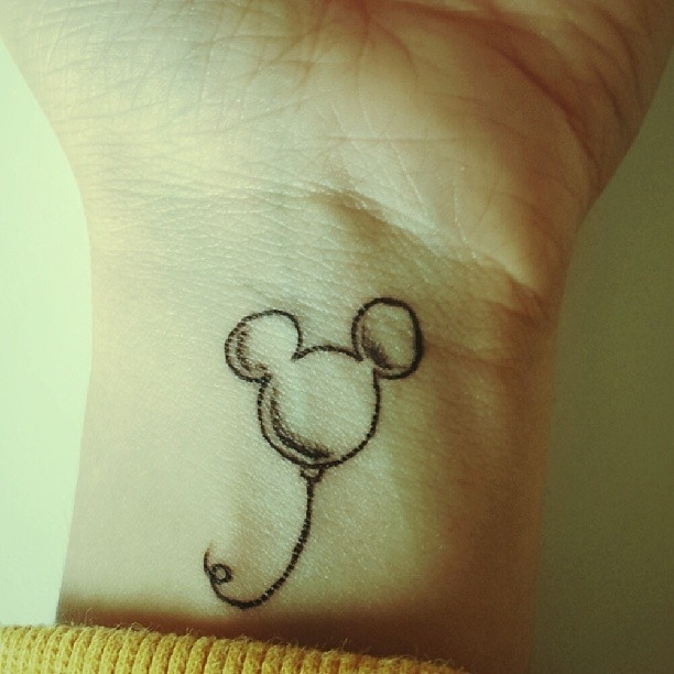 Tatuajes Disney - mickey mouse