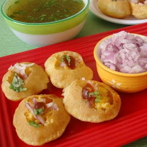 26 traditional indian foods that will change your life forever 9 pani puri forumfinder Gallery