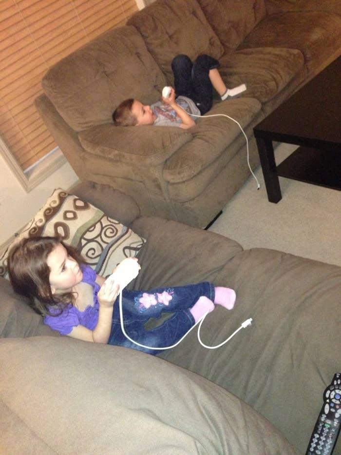 The 24 Worst Parts Of Having Older Siblings
