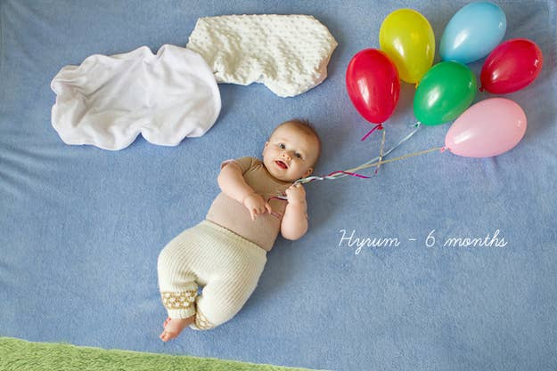 These Are The Coolest Ways To Photograph Your Babys First Year