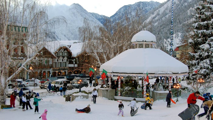 The 18th Annual Bavarian-style Christmas Market for the whole family will be held in Front Street Park and also in the Leavenworth Festhalle. This popular and celebrated northwest tradition features delicious and authentic Bavarian foods, handmade arts & crafts and other gifts, and family-friendly, Bavarian- and Christmas-themed entertainment!Dates: Nov 29 – 30