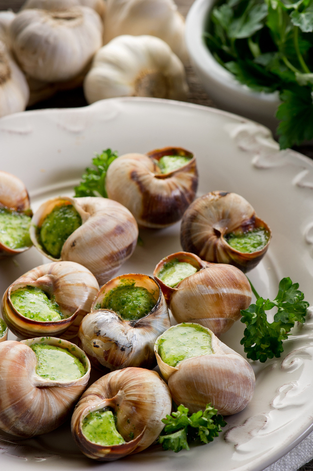 Escargots  44 Classic French Meals You Need To Try Before You Die enhanced buzz 16649 1385769921 4