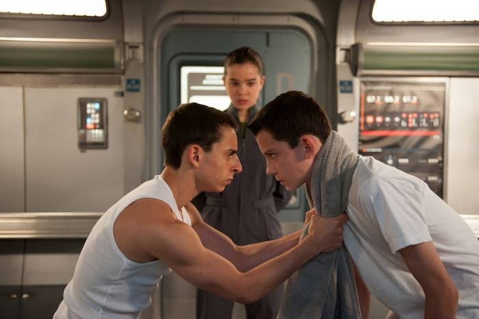 Moises Arias, Haliee Steinfeld, and Asa Butterfield in Ender's Game.