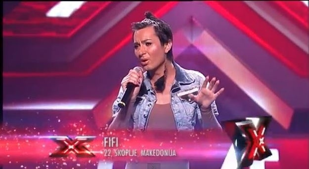 But the audience instantly gave a supporting applause for Fifi and her fabulous bravery to stand out for herself. The other jury members were clearly uncomfortable with their colleague acting like a primitive and uneducated transphobic-homophobic jerk. Kristina Kovač then asked Fifi to sing her song and it was one of the most amazing acoustic interpretations of Cher's Dov'e L'Amore! Everyone was stunned with Fifi's voice and performance, the audience tread her with a strong round of applause and singed along, the three normal judges went completely ecstatic and delighted with Fifi's singing.