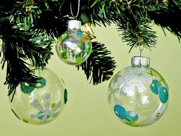 39 ways to decorate a glass ornament mid century modern inspired ornaments solutioingenieria Gallery