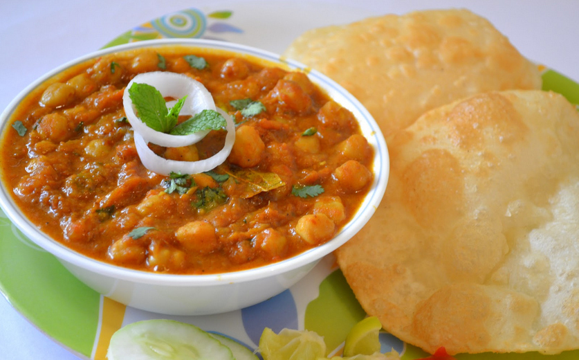 5. Chole bhature & 26 Traditional Indian Foods That Will Change Your Life Forever