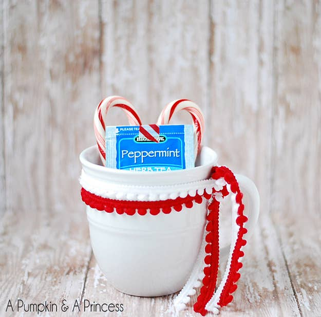 15 easy gifts you can put in a mug peppermint tea gift solutioingenieria Choice Image