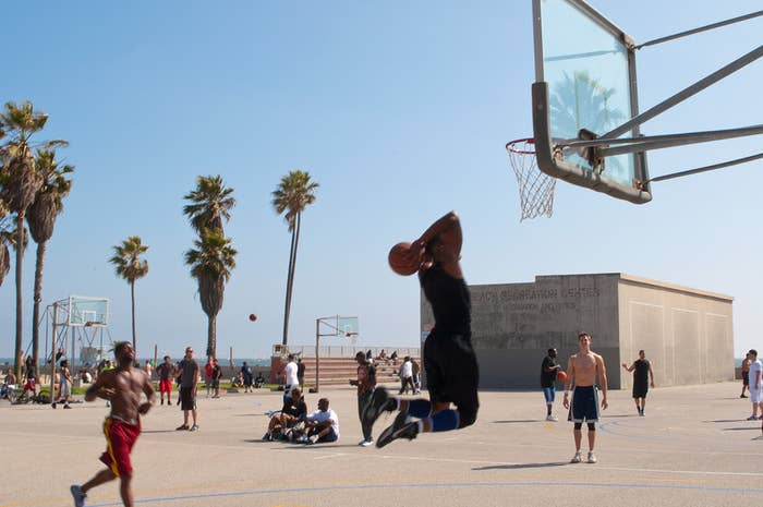 The pickup games at Venice Beach were the setting for the '90s movie White Men Can't Jump. Unlike many of the cramped and fenced-in venues of New York and Chicago, these palm tree-lined courts are located right on the ocean.Notable Alumni:As you'd expect in LA, this court has seen a mix of stars from the NBA and Hollywood. In recent years the court has hosted Kevin Love, John Wall, and Kevin Durant.