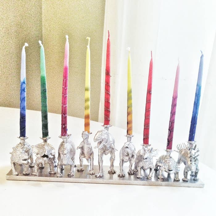 You can make this dinosaur menorah with any animal figurines. Grab the tutorial here.