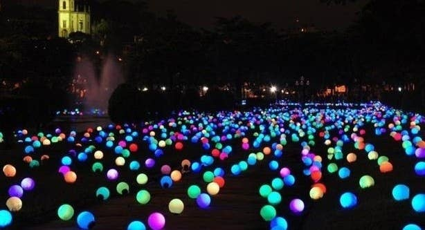 How to throw the most epic dance party ever put glow sticks in balloons on your front yard so people know where the party is solutioingenieria Images