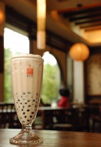 The birthplace of Boba Tea. Famous for its original Pearl Milk Tea (珍珠奶茶).(www.chunshuitang.com.tw)