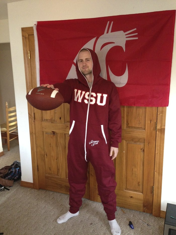 It's time for Santa & the elves to get busy... because this needs to be under every Cougs Christmas tree this year...