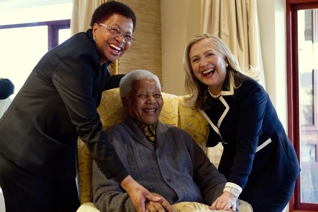 Hillary Clinton Honors Nelson Mandela At Human Rights Event