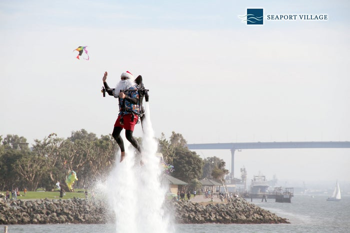 On November 30th this badass Santa made his annual arrival via jetpack!
