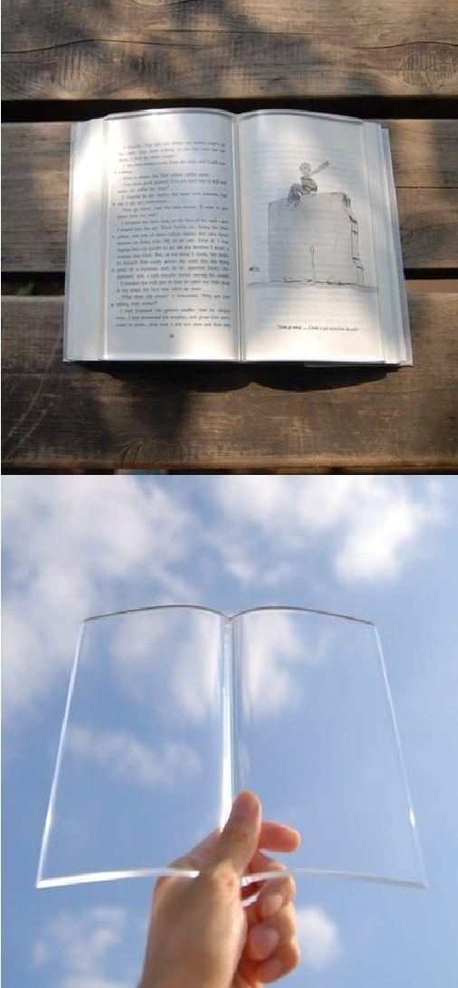 Peso de livro transparente