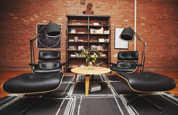 Bachelor Pad Tricks That Will Up Your Game - Bachelors pad on a budget