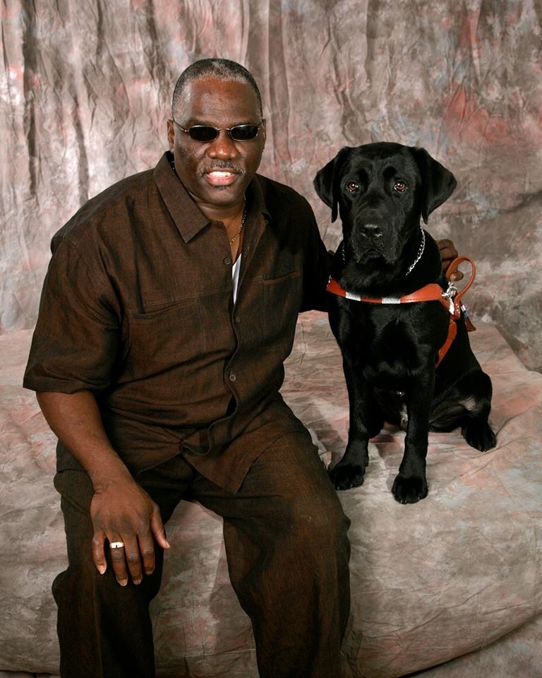 Blind Man Hit By Train Can Keep His Guide Dog Thanks To The Internet Donating Thousands