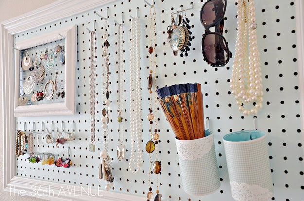 If you spend more time trying to untangle your necklaces in the morning than you do picking out your outfit, it's time to make yourself an all-in-one accessory station and help streamline that morning routine