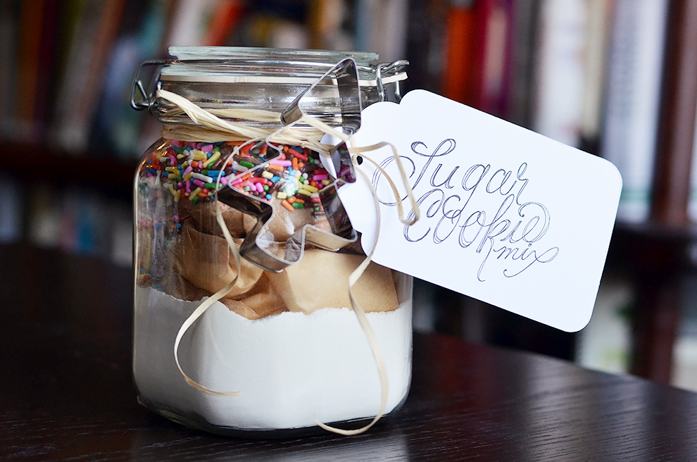 How To Make A Sugar Cookie Kit To Give As A Gift