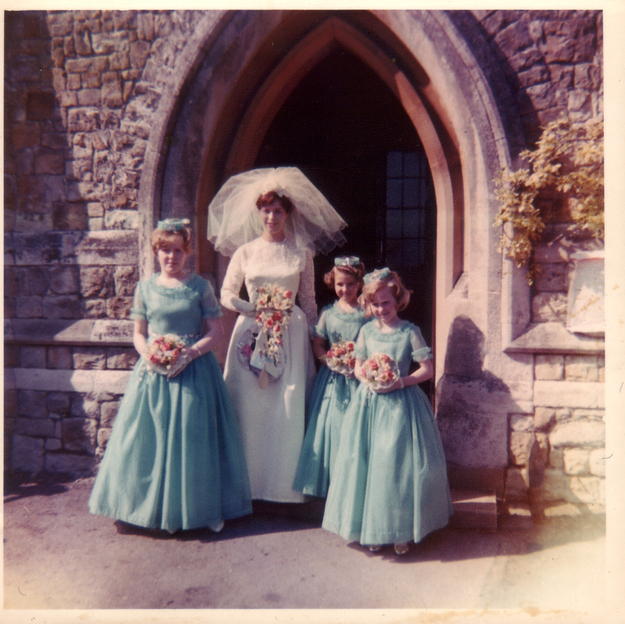 Real Retro Weddings: 60 Adorable Real Vintage Wedding Photos From The '60s