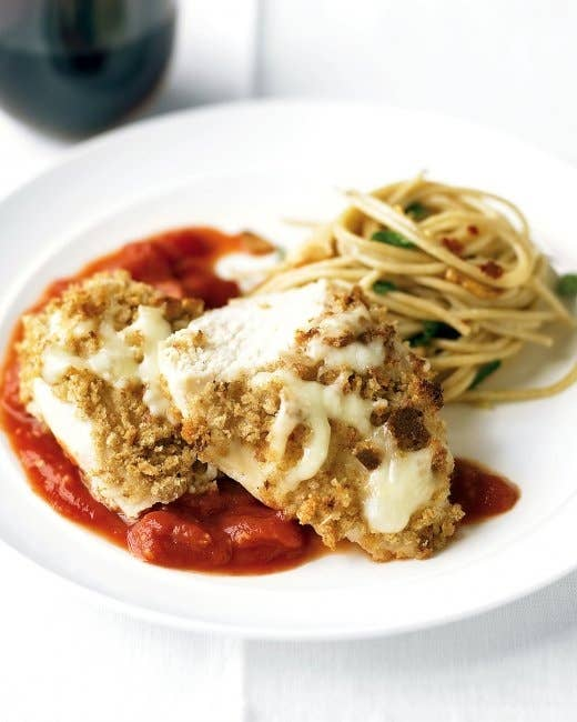 29 healthy versions of your favorite comfort foods light chicken parmesan forumfinder Images