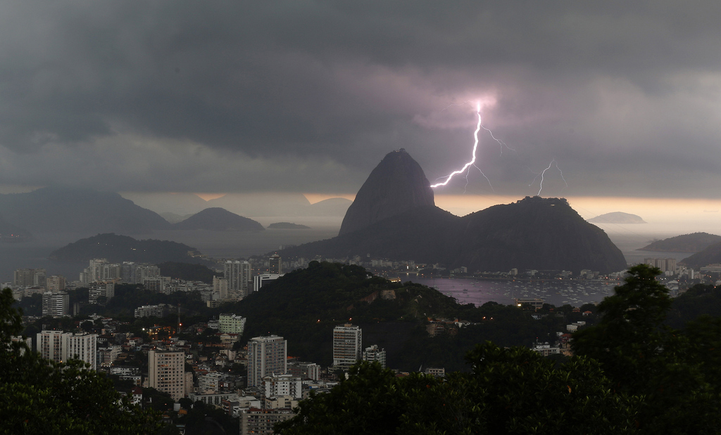 Lightning Strikes Christ The Redeemer Statue And Breaks Off Its Finger