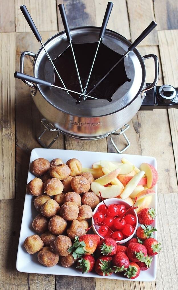 16 Heavenly Cheese And Chocolate Fondues