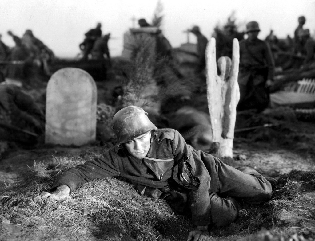 all quiet on the western side All quiet on the western front was the first great war film of the american sound era and graphically shows that and it shows that from the enemy perspective that's something today's audience can't appreciate, the fact that the film was from the wilhelmine german perspective.