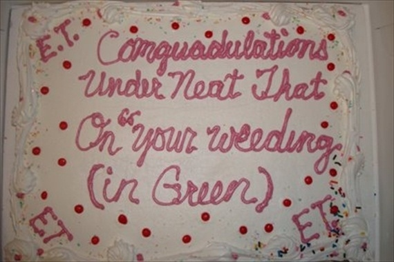 when to cut wedding cake at the reception 24 wedding fails that will make you never want to get married 27126
