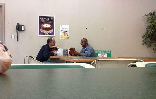 Every lunch time this man reads to his colleague who can't read himself | 12 Photos That Will Restore Your Faith In Humanity | wisdompills.com