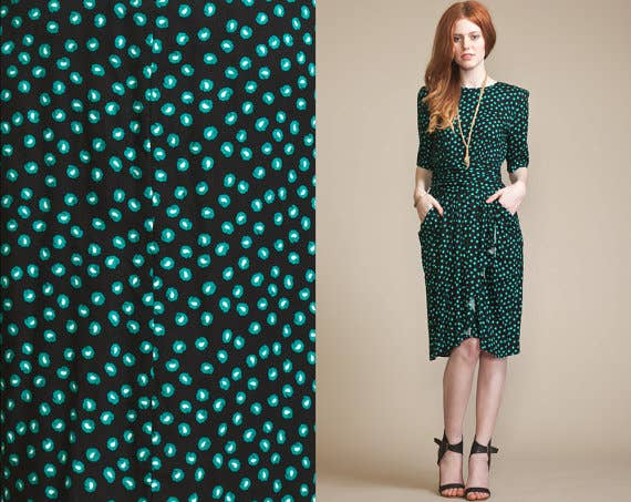 Seeing as St. Patrick's Day is on a Monday this year, this work appropriate look is totally perfect.