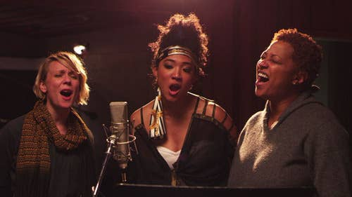 From L-R: Jo Lawry, Judith Hill, and Lisa Fischer.