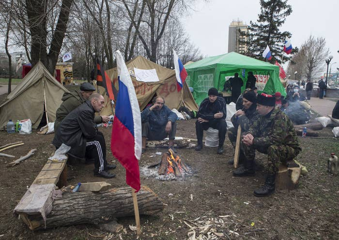 Pro-Russian supporters outside Ukrainian security service offices in Luhansk.