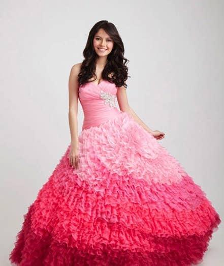 77eb47cec0 Los 21 vestidos de quinceañera más fabulosamente exagerados del mundo
