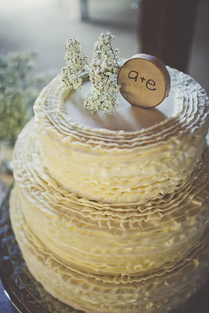 And Enhance Your Wedding Cake With A Country Themed Topper