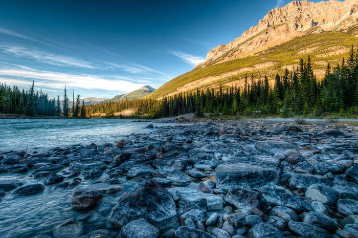 The stretch from Jasper to Lake Louise has more than 100 ancient glaciers, sweeping valleys, and breathtaking waterfalls. The Icefields Parkway is one of Canada's national treasures and most rewarding destinations.