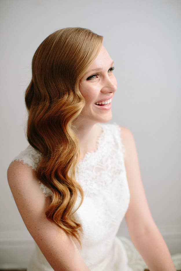31 gorgeous wedding hairstyles you can actually do yourself 6 hollywood waves solutioingenieria Images