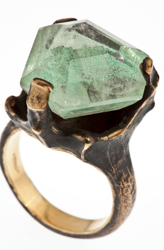 this bronze and gold ring with chlorite quartz