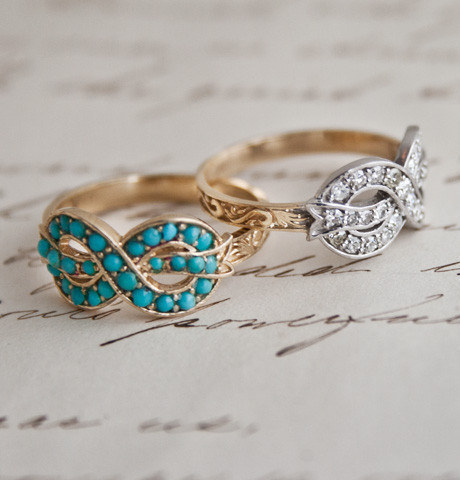 this 10k yellow gold ring with turquoise cabochons